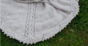 Tuch Endromis auf Rasen